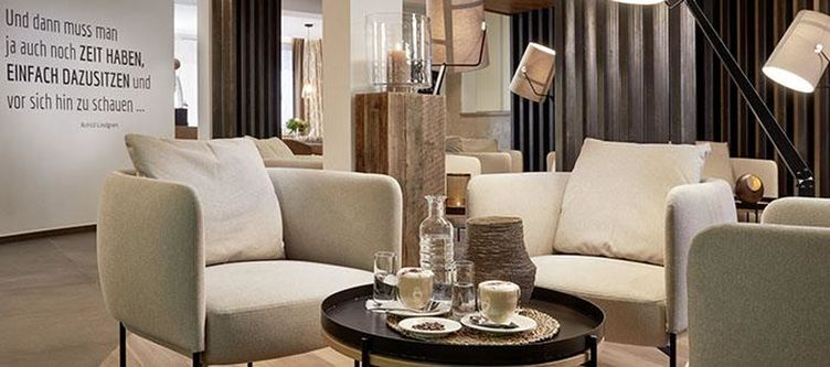 Postamsee Lounge