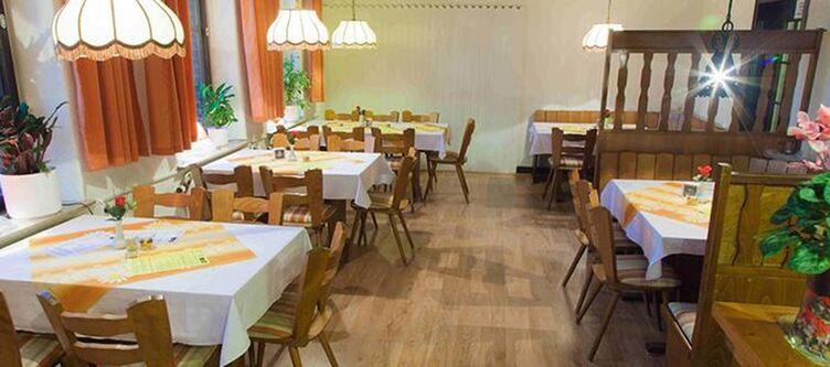 Puck Restaurant6