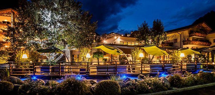Quellenhof Hotel2