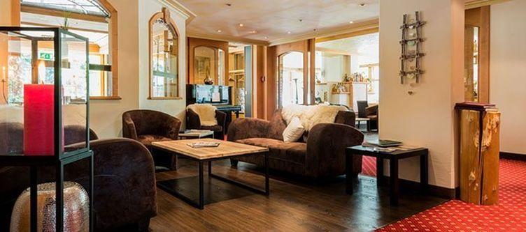 Quellenhof Lounge