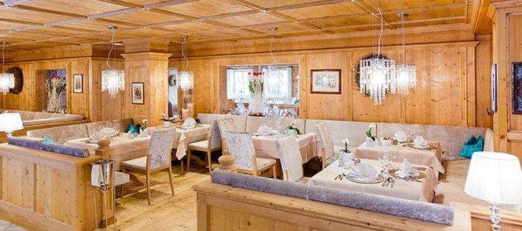 Quellenhof Restaurant 1