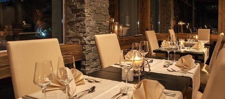 Quellenhof Restaurant2