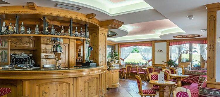 Raphael Bar