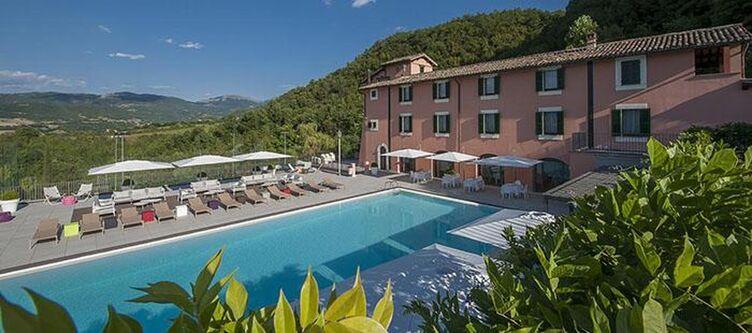 Reggia Hotel Pool2