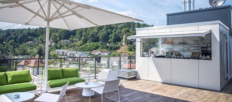Remspark Rooftop Bar