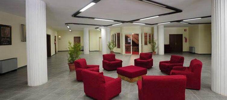 Roccapore Lobby