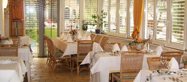 Roessle Restaurant6