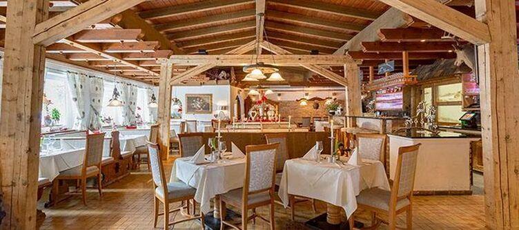 Ronach Restaurant2