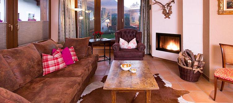 Rosa Canina Lounge