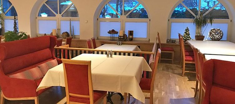Rose Restaurant