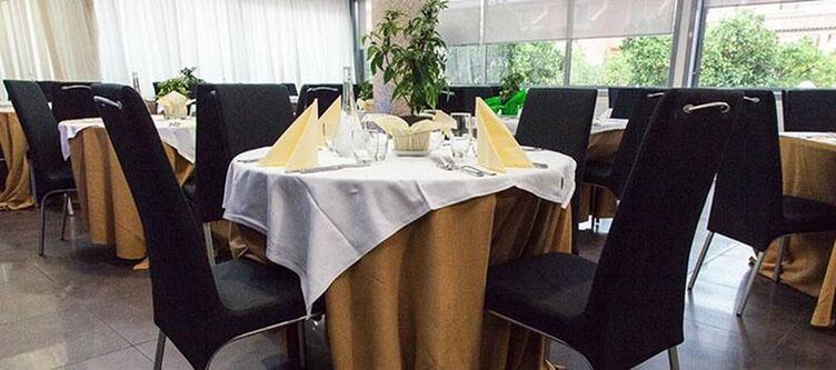 Salice Restaurant3