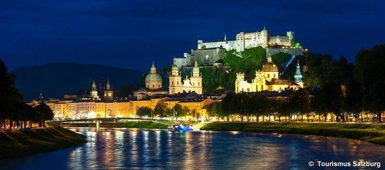 Salzburgtourismus Stadtansicht Nacht