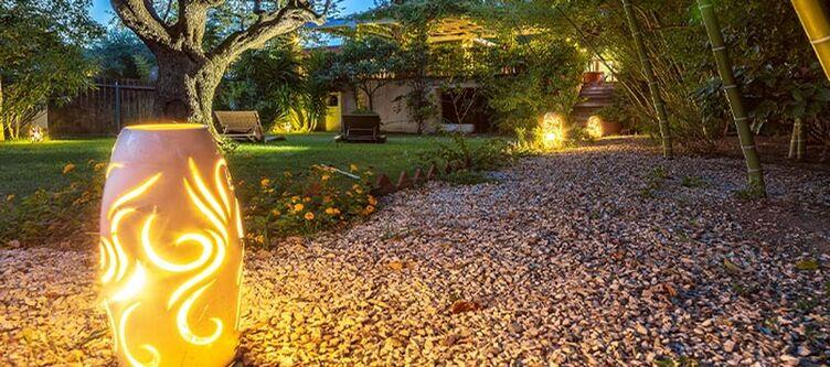 Santamaria Garten Abend