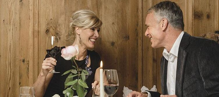 Schermer Restaurant Paar