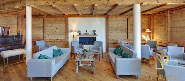Schlehdorn Lounge