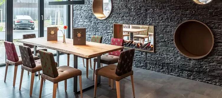 Schlossberg Restaurant2