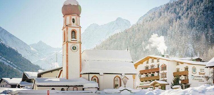 Schoepf Hotel Bei Kirche Winter