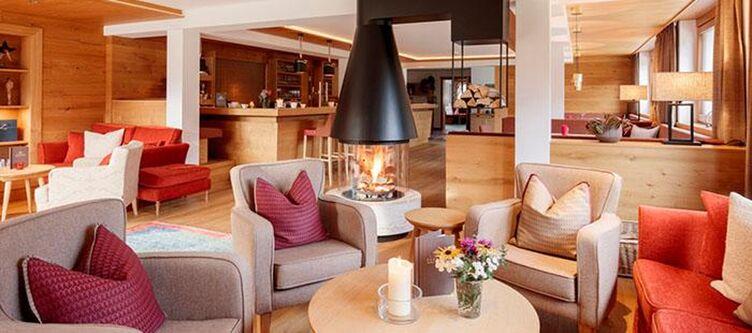 Schranz Lounge Kamin