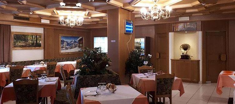 Scoiattolo Restaurant2