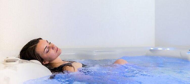 Scoiattolo Wellness Whirlpool