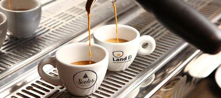 Seelos Fruehstuecksbuffet Kaffee