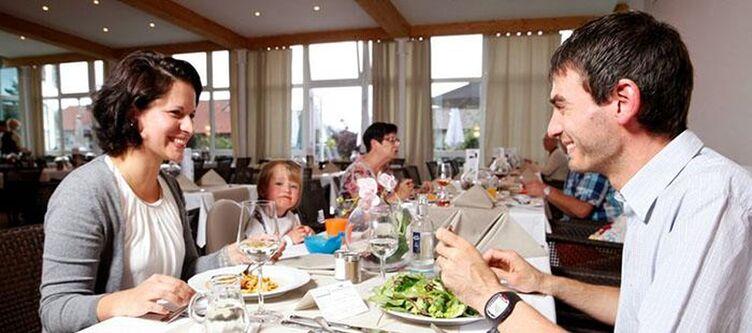Sh Fuerstenbauer Restaurant Familie2