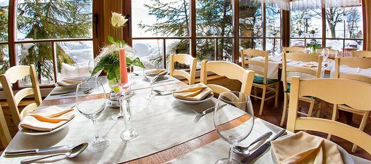 Smogavc Restaurant2