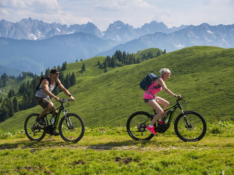 Sommerurlaub Kaiserwinkl Radfahren Biken Koessen Riedl C Tvb Kaiserwinkl 1