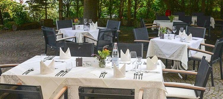 Sonnenhof Terrasse Restaurant2