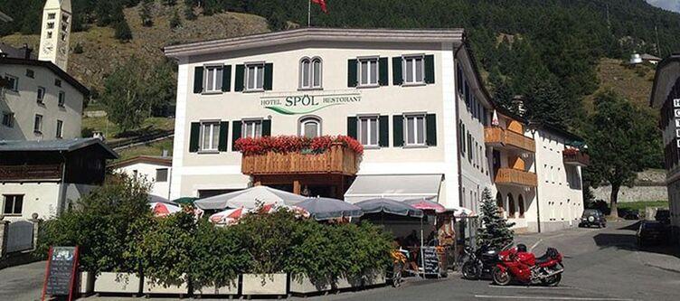 Spoel Hotel