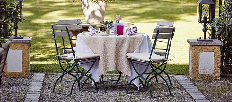 Stangl Restaurant Garten Tisch