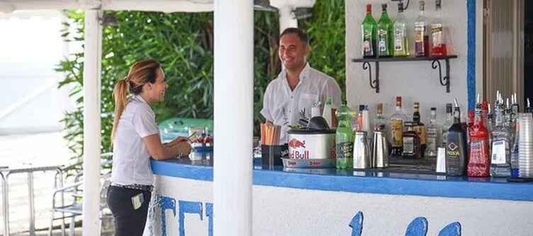 Stelle Terrasse Bar2