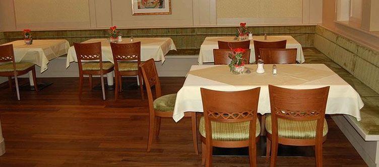 Stleonhard Restaurant2