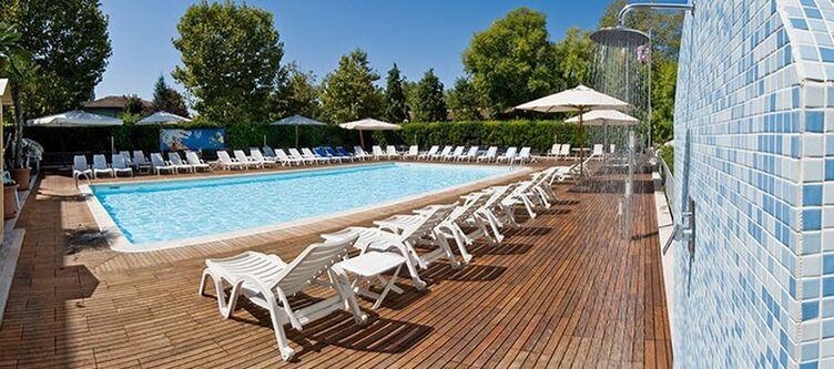 Stmoritz Pool2