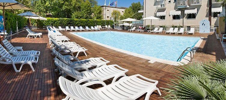 Stmoritz Pool4