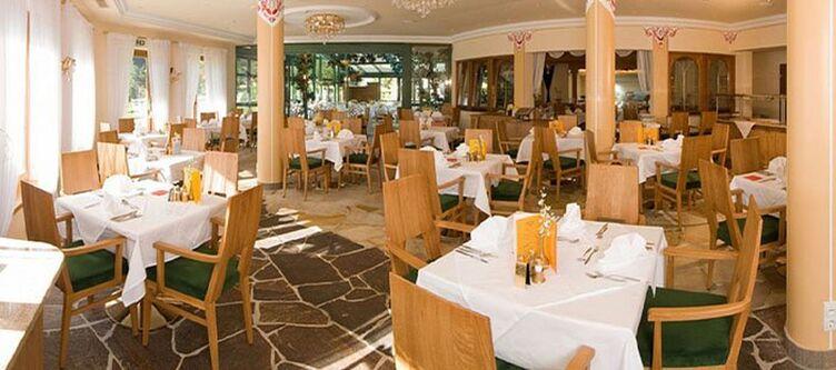 Strass Restaurant2