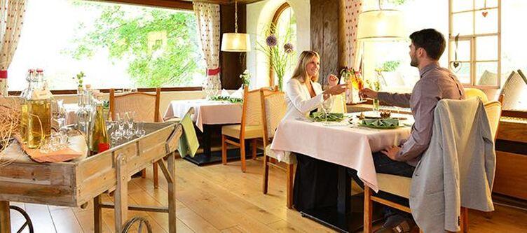 Taleu Restaurant