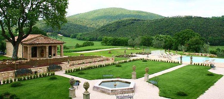Tenunta Garten Brunnen