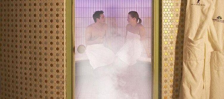 Thermal Wellness Saunalandschaft Dampfbad
