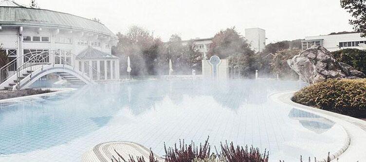 Thermal Wellness Thermengarten Aussenbecken
