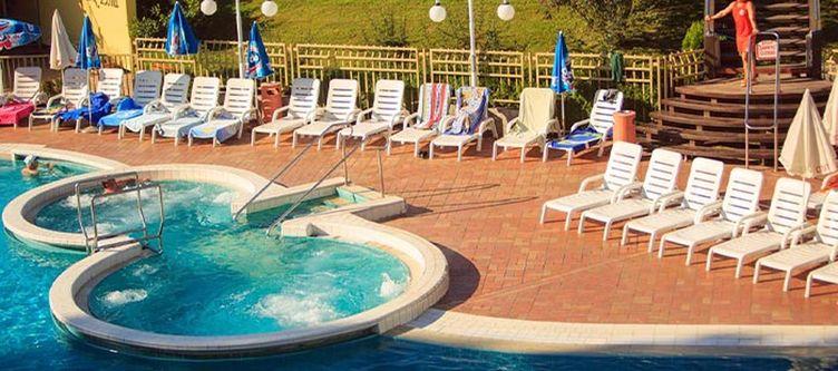 Topolsica Pool Whirlpool