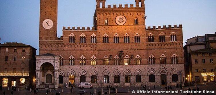Toskana Siena Palazzo Pubblico3 1