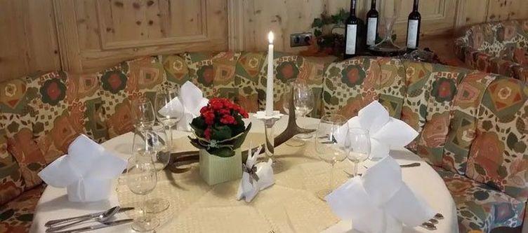 Trofana Restaurant Gedeck3