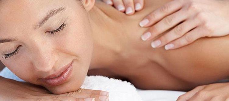Troschana Wellness Massage2