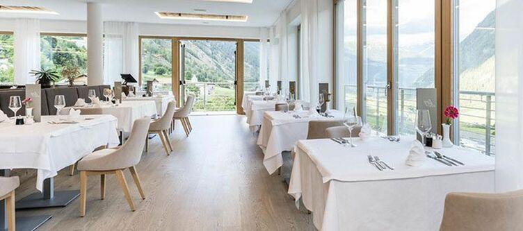 Tuberis Restaurant2