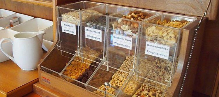Tulpe Fruehstuecksbuffet Cerealien