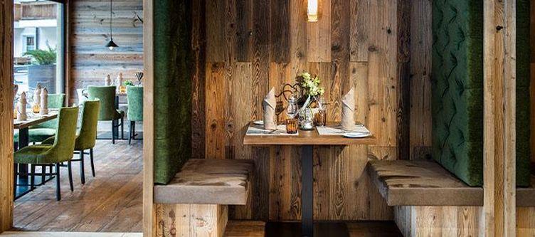 Tyrol Restaurant2