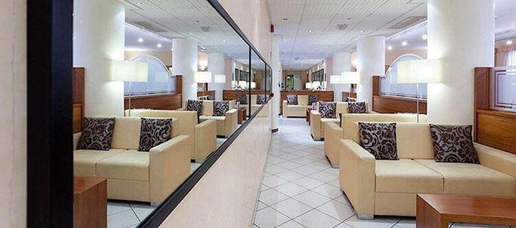 Unaway Lounge