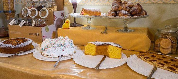 Vega Buffet Dessert