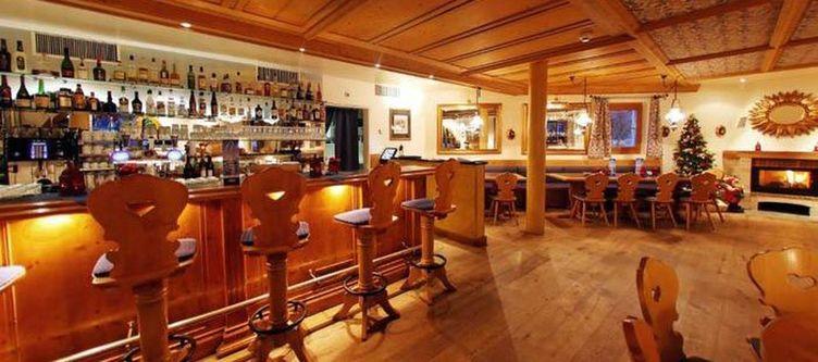 Victoria Bar2